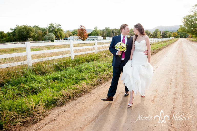 fun documentary wedding pictures