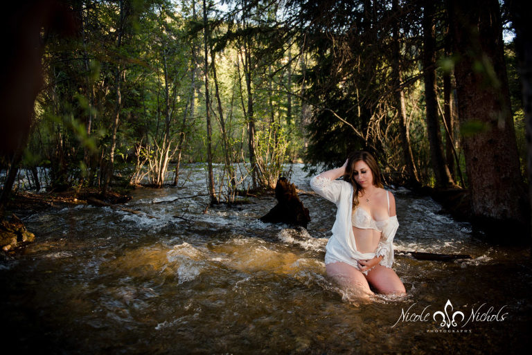escape the city with an outdoor adventure photo shoot